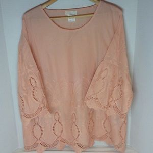 Peach color tunic top NWOT